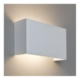 7140 Pella 325 1 Light Wall Light